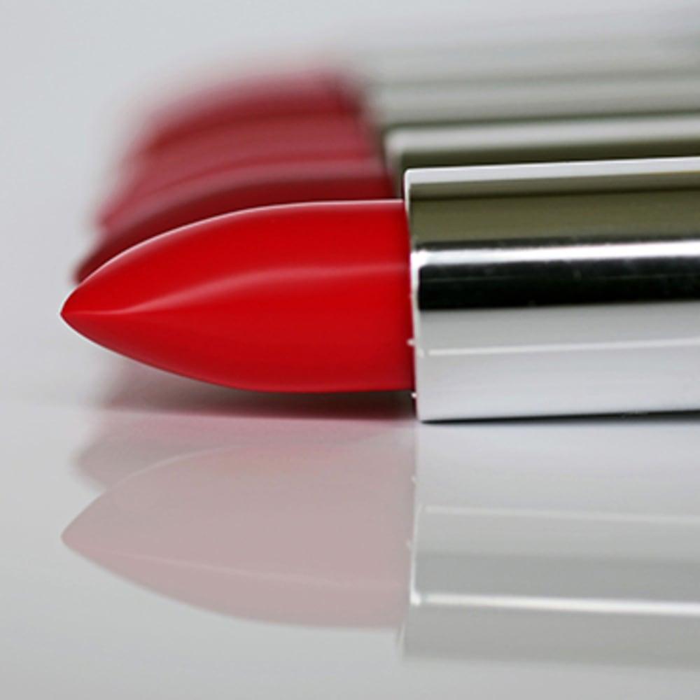 Slip melting point determination of lipstick